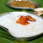 Pal Kanjiyum, Payarum, Chutta Pappadamum /Rice Gruel with Milk + Green Gram Dry Curry + Roasted Pappad