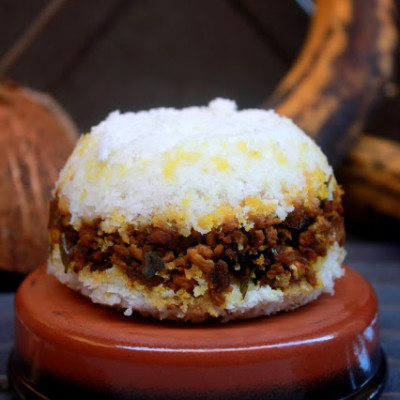 Erachi – Irachi Puttu Recipe | Masala Erachi Puttu Recipe | Steamed Rice Flour with Meat Mixture