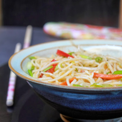 Vegetable Hakka Noodles-Chowmein Recipe – Restaurant Style